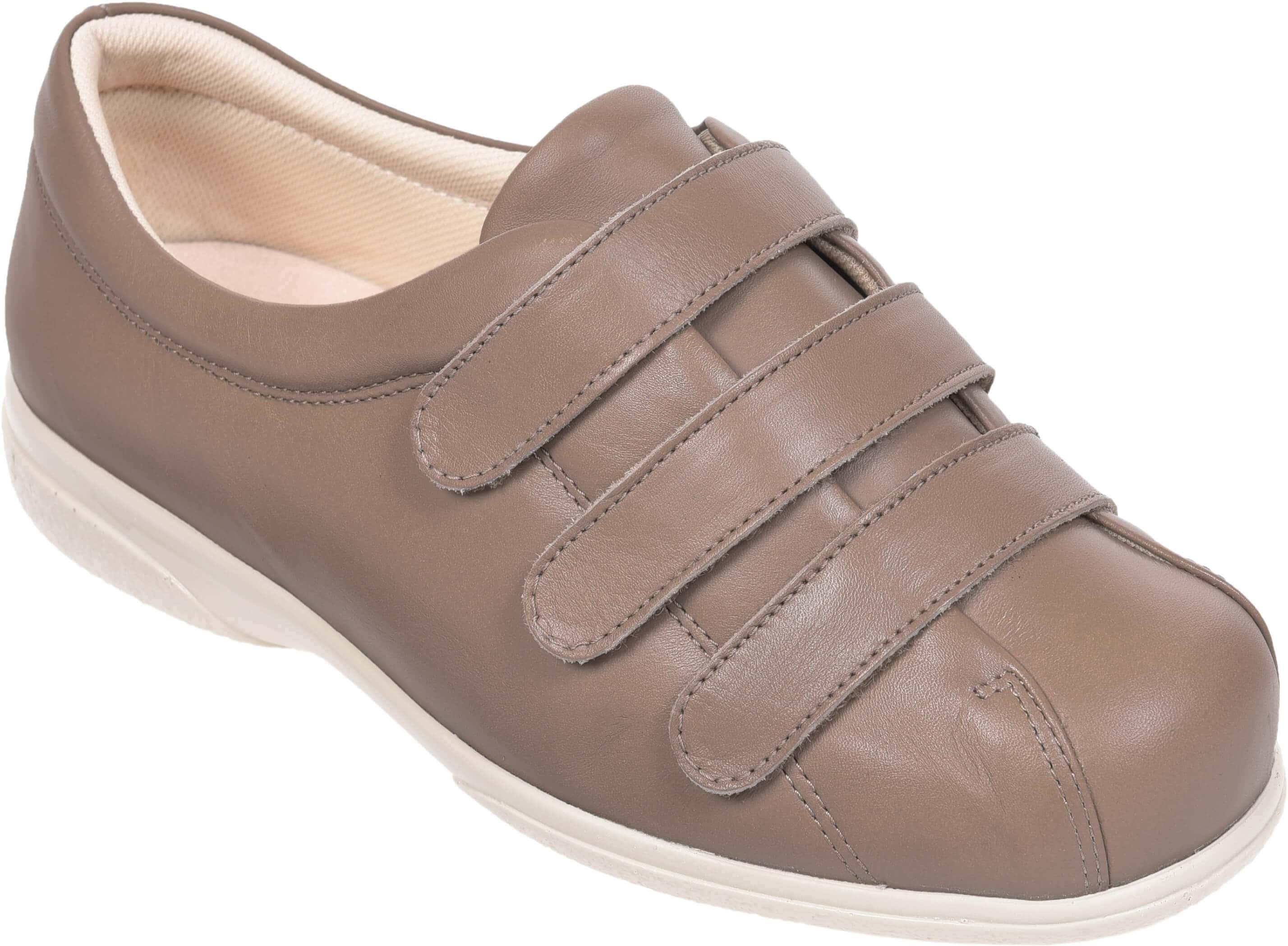 Premier supplier of Cosyfeet footwear